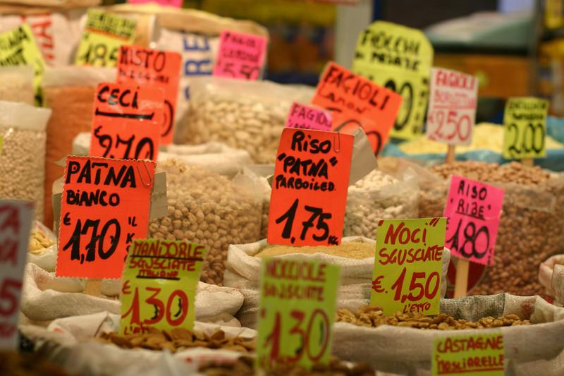 market-in-rome_2095927802_o.jpg