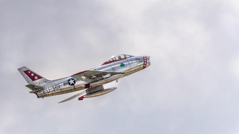 F 86 in flight -2916.jpg