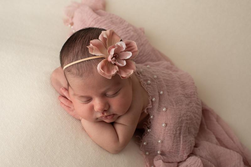 Baby Penelope-35.jpg