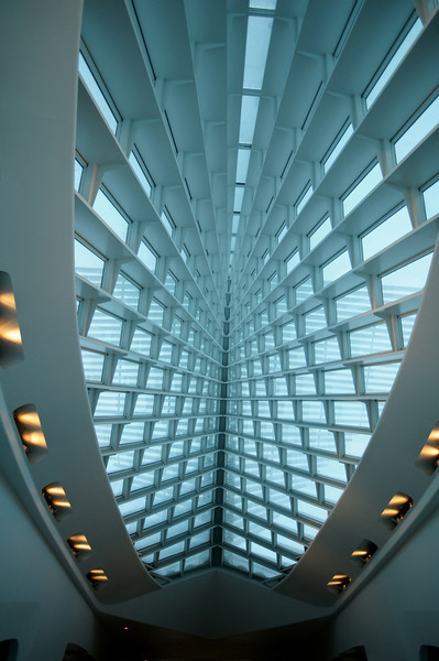 Z z Calatrava ceiling  1 .jpg