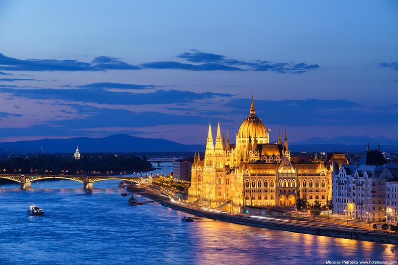 Budapest_DSC4394-web.jpg