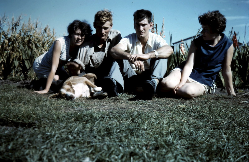 1962-3 (12) Mary, Graham, Nigel & Rosie.JPG