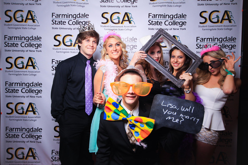 Farmingdale SGA-270.jpg