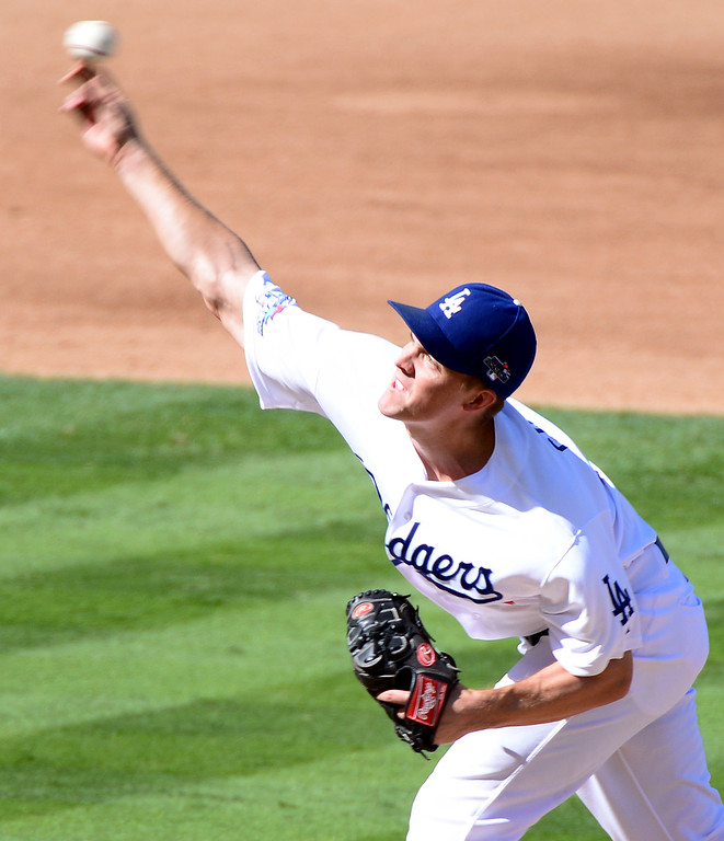 . Los Angeles Dodgers\' Zack Greinke pitches to the St. Louis Cardinals in game 5 of the NLCS at Dodger Stadium Wednesday, October 16, 2013. (Photo by Sarah Reingewirtz/Los Angeles Daily News)