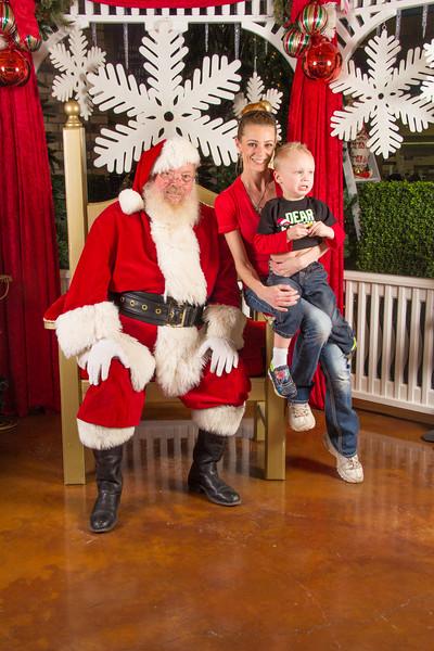 Santa 12-16-17-336.jpg