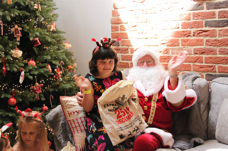 2019 Christmas Party_198.jpg