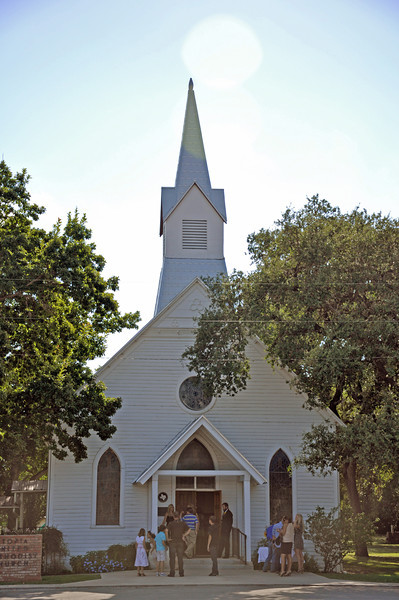 United Methodist Church in Utopia 01.jpg