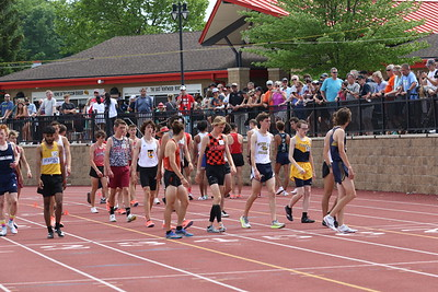 3200M Boys Gallery 2 - 2021 MHSAA LP T&F Finals - DIVISION ONE