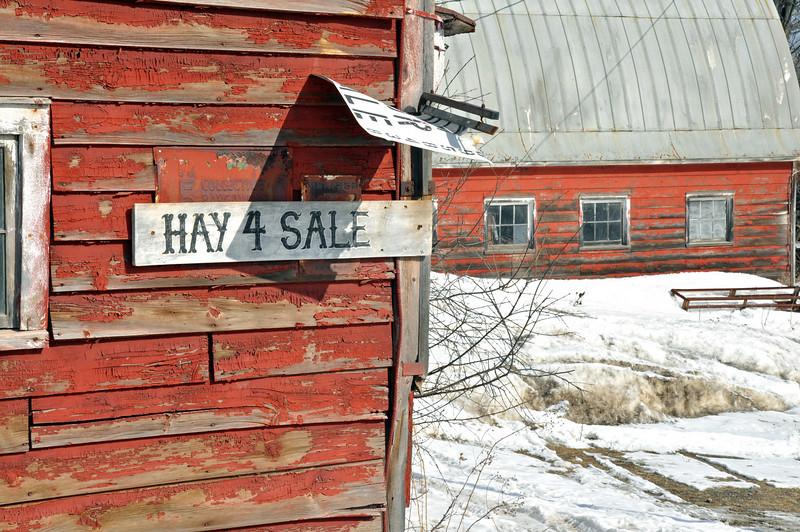 Red Barn on Hwy 04.jpg