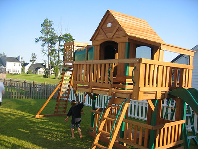 The Playhouse / Swingset