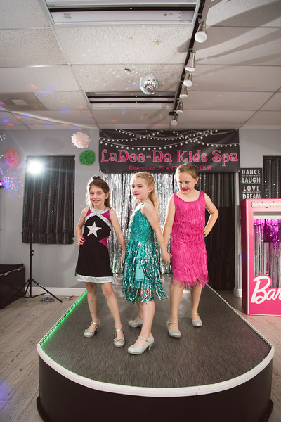 2020-0104-delaney-barbie-party-103.jpg