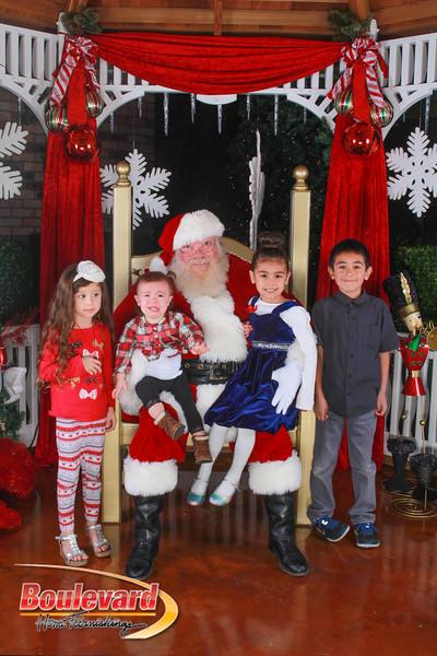 Santa 12-10-16-354.jpg