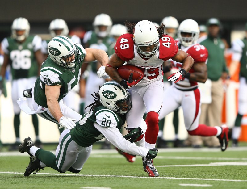 . <p><b> Cardinals at Buccaneers (-2½):</b>  <p>Arizona safety Rashad Johnson had part of his middle finger severed in Sunday�s game, then posted a photo of his torn digit on Twitter. Cards fans said they hadn�t seen anything that disgusting since the Cardinals� first 20 seasons in Arizona. <p>Pick: <b>Buccaneers by 4</b> <p>     (Al Bello/Getty Images)