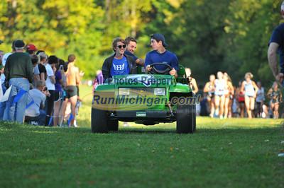 Women's College 5K Mid-Race - 2013 Michigan Intercollegiate XC Meet