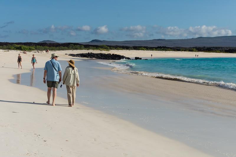 Larry and Daphne on Cerro Brujo beach