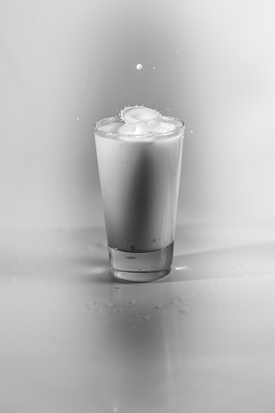 20200208-bw-milksplash-0020.jpg