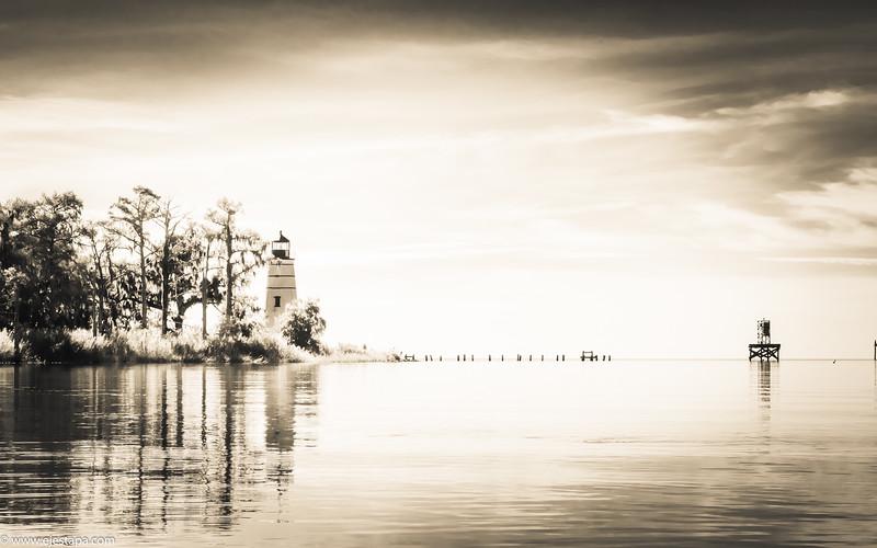 lighthouse_BW.JPG