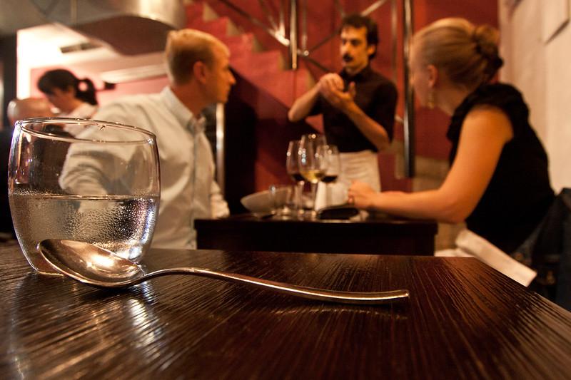 vineria-waiter-explains_5733962013_o.jpg