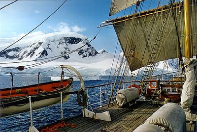 Antarctica 2000/2001