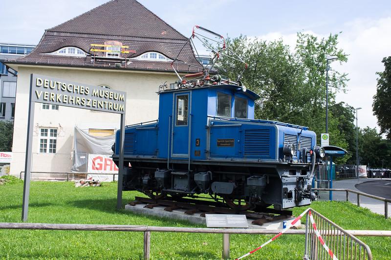 munich_verkehrszentrum_DSCF2450.jpg