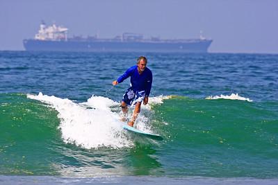 Surfing El Porto