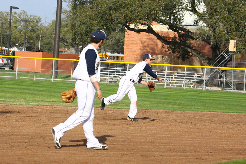 \\hcadmin\d$\Faculty\Home\slyons\HC Photo Folders\HC Baseball vs SCC_1st Home Game_2_12\6W2Y8976.JPG