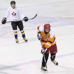 Moosonee Hockey 2009 Dec 15th 7D