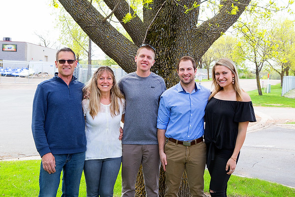 Wenning Family 5-18