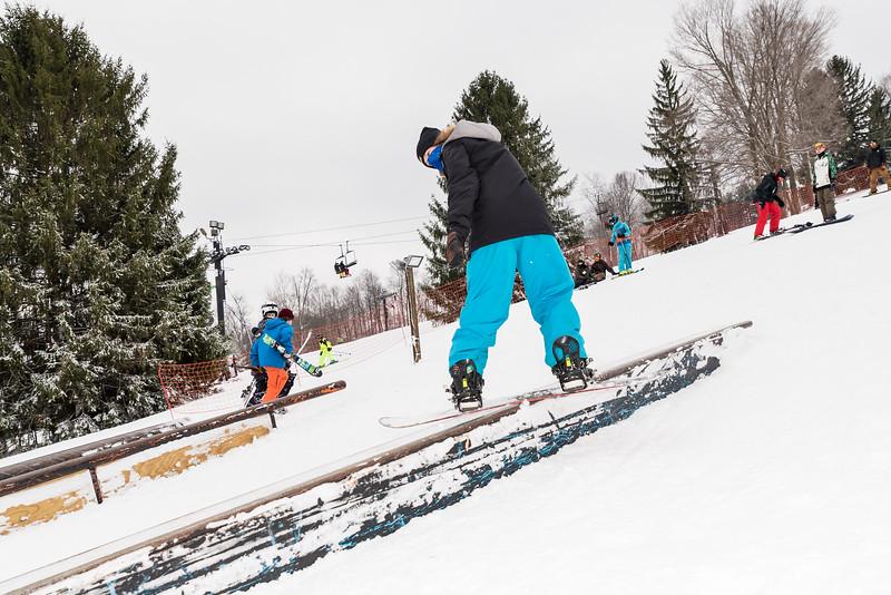 Mid-Season-Party_2017_Snow-Trails-9672.jpg