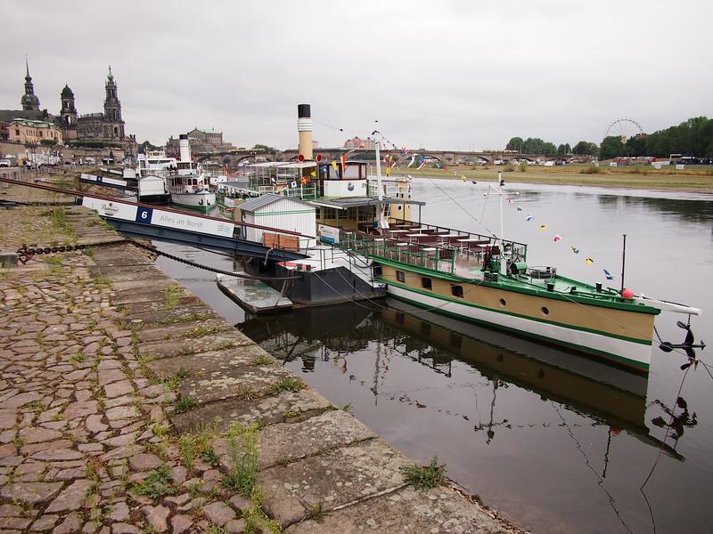 P8177376-dresden-paddle-boats.JPG