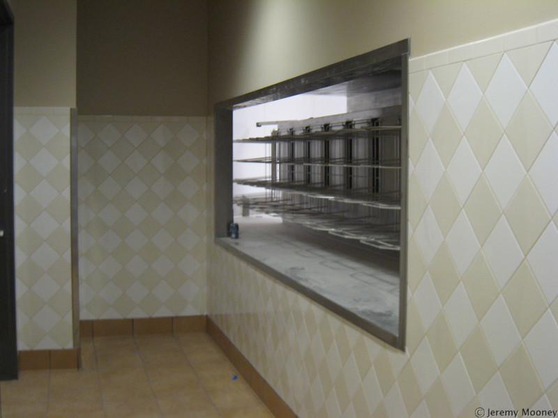 Dish rack/return area