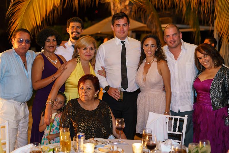 Camille-Enrique-4-Reception-57.jpg