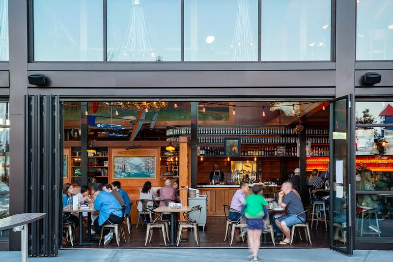 Seaplane Restaurant_007.jpg