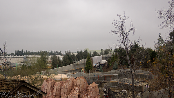 Disneyland Resort, Disneyland, Frontierland, Big Thunder Mountain Railroad, Big Thunder, Star Wars Land, Star Wars, Star, Wars, Construction