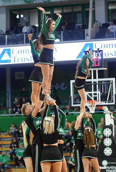 cheerleaders4665.jpg