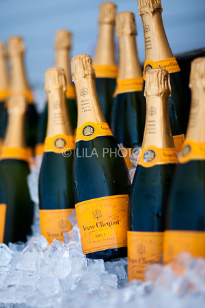 Veuve Clicquot - Sponsor Signage & Fashion on the Field