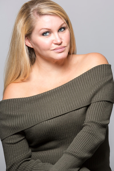 Nicole-8x12_EAC7202.jpg