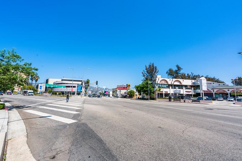 20_san_vicente_boulevard_at_la_cienaga_boulevard_031.jpg