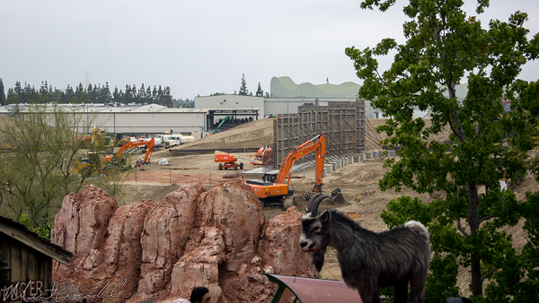 Disneyland Resort, Disneyland, Frontierland, Big Thunder Mountain Railroad, Big, Thunder, St Wars Land, Star, Wars, Land, Construction