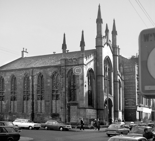 Corner of Bain St and London Rd.    Gillespie United  Free Church.    November 1973