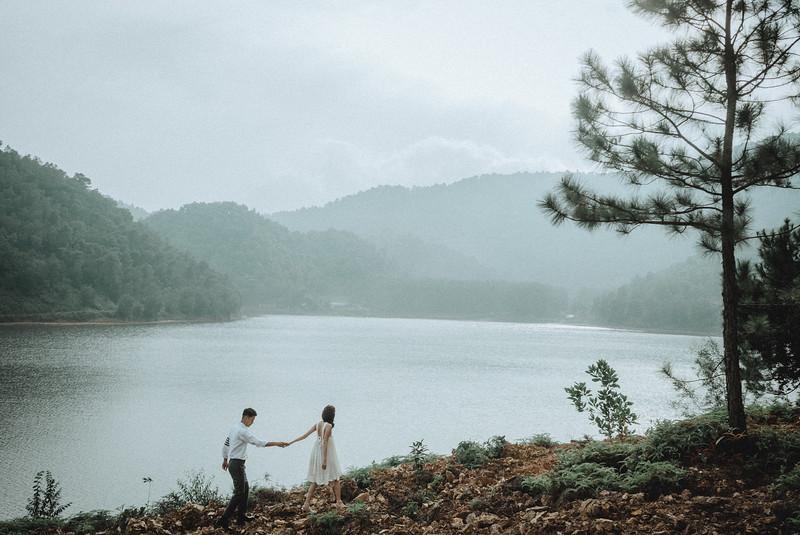 Tu-Nguyen-Destination-Wedding-Photography-Elopement-Vietnam-Pali-Louis-w-146.jpg