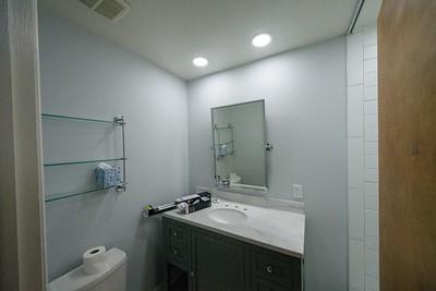 2020-07-25 Caryl bathroom