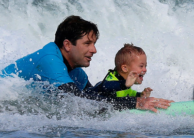 2017_09_23 Surf Camp 09 Boy Round Blonde Hair WS w Yellow