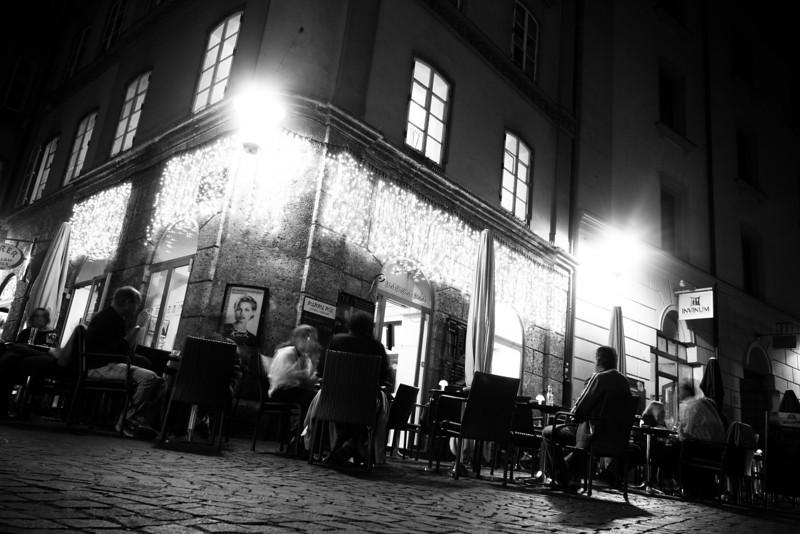 innsbruck corner at night