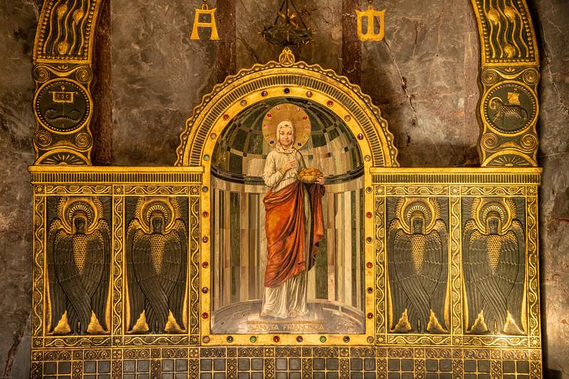Krasnohorske podhradie mauzoleum-39.jpg