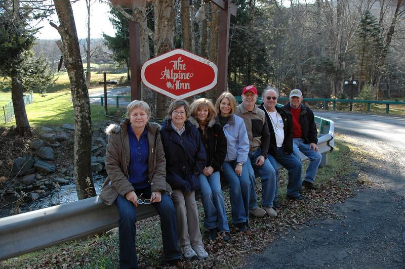 Melody, Pat, Arlene, Sue, Bill, Roger, Stan