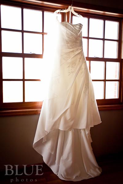 Holt-Summit-MO-Winery-Wedding-Photographer-091810-1.jpg