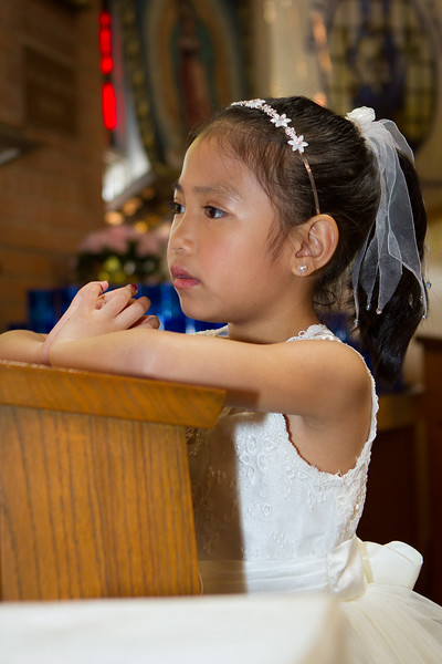 Danica-First-Communion-21.jpg