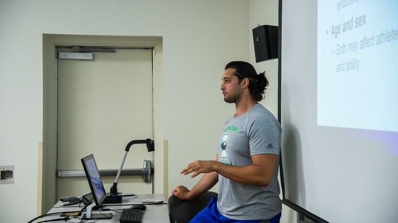Instructor B. Altiner gives his lecture in Sport Conditioning class