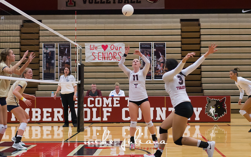 20181018-Tualatin Volleyball vs Canby-0893.jpg